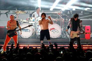 Red Hot Chili Peppers сыграли на Супербоуле под фонограмму